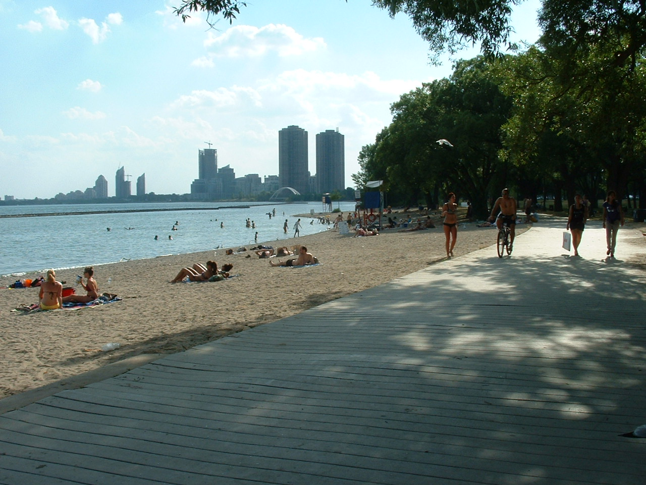 Toronto beaches erotic services for you!